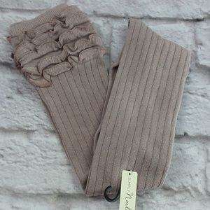 Simply Noelle Taupe ruffle boot socks